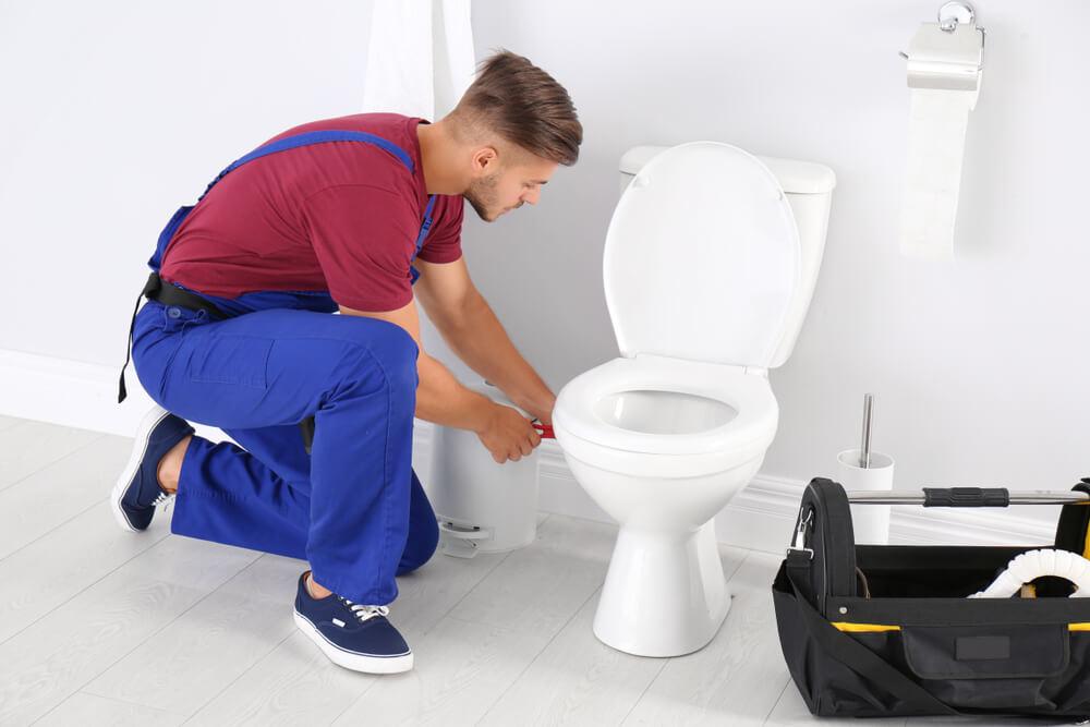 Oprava WC Bratislava Riešim vodu