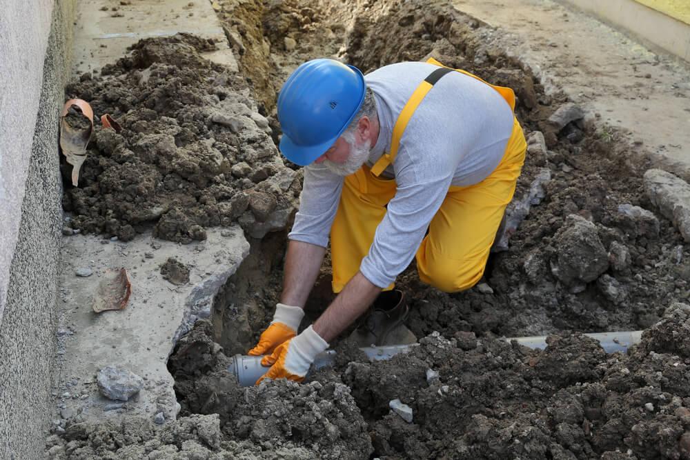 Uloženie odpadového potrubia Bratislava Riešim vodu
